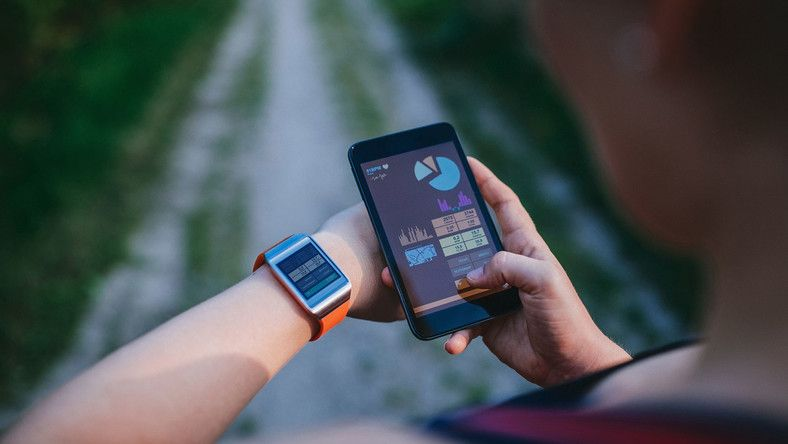 mobile app wearables fitness