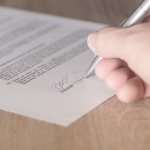 Software Development Contract: Types and Main Points to Include